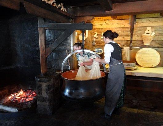 Démonstration et fabrication de fromage