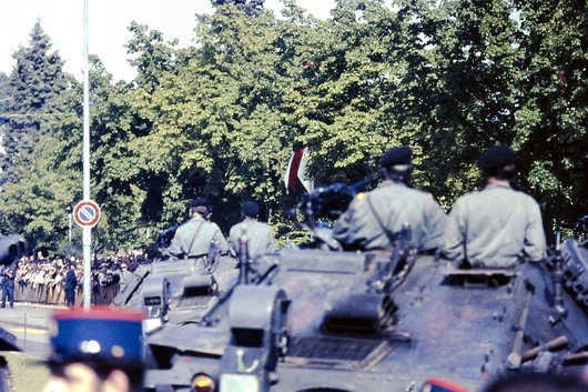 Défilé militaire à Ouchy en 1967
