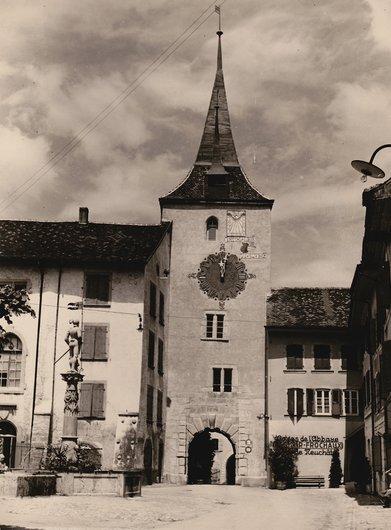 Le Landeron - Tour - porte de l'Horloge