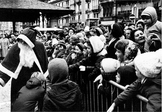 A Montreux, Place du Marché - 12.1967