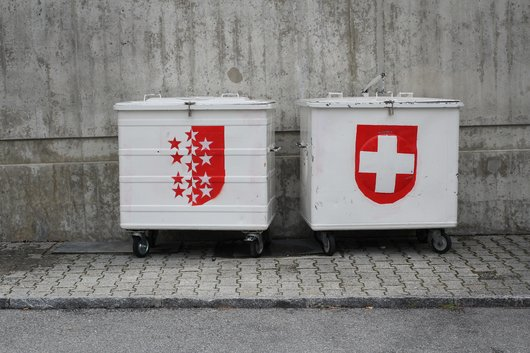 Ecussons sur containers