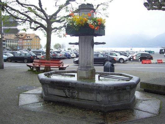 Vevey, fontaine de la place du Marché