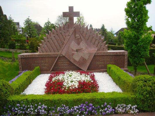 L'enterrement et la tombe du Général Henri Guisan