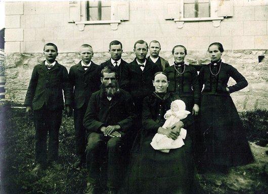 Famille Glassey avec Adèle,...