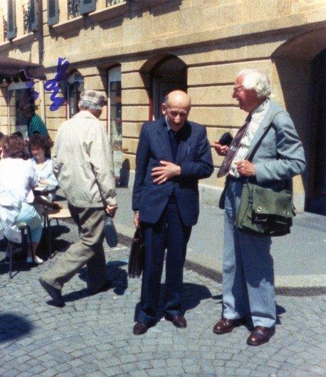 Le professeur Favarger et son collègue William Stearn à Neuchâtel