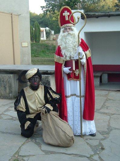 Saint-Nicolas et le Père Fouettard.