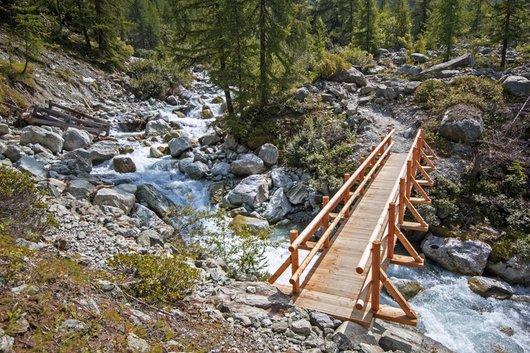 Nouveau pont vers Arpitettaz, construit après l'orage du 28 juillet 2013.
