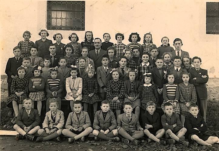 Ecole des filles de Cheiry en 1949