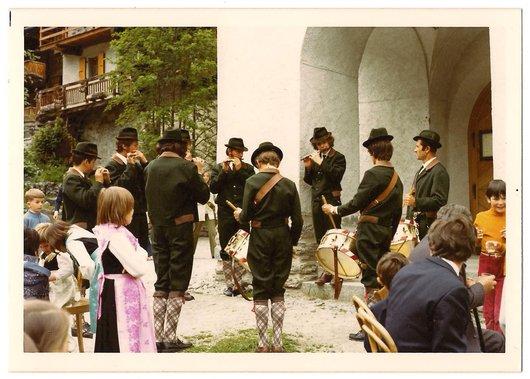 Fête-Dieu 1972 à Grimentz - 5