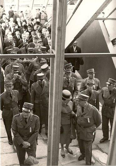 Visite au pavillon de l'armée