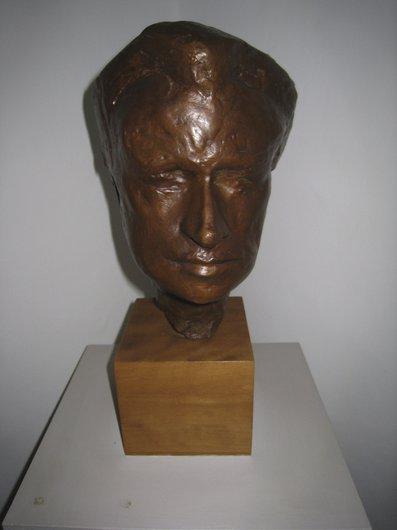 Buste de Victor Desarzens par le sculpteur Robert Lienhard