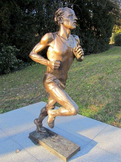 Lausanne jardins musée olympique Zatopek