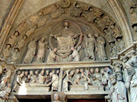 Lausanne cathédrale Notre-Dame portail peint