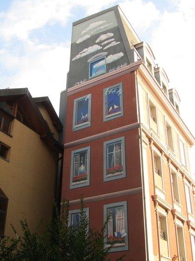 Lausanne rue de la Tour trompe l'oeil