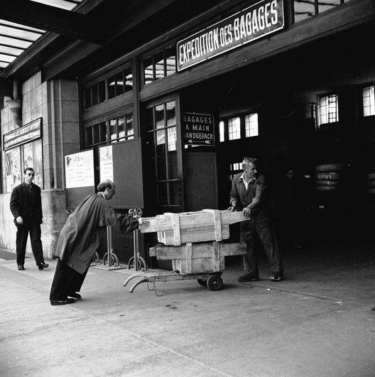 Expédition des bagages - Gare de Lausanne