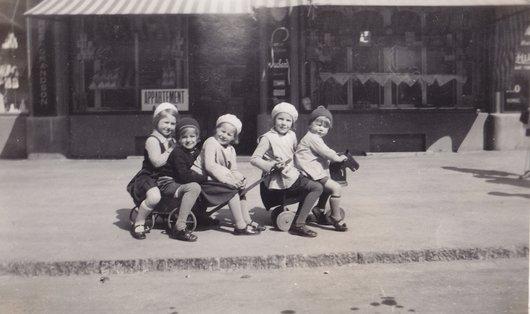 Les Bambins Suisse 1933
