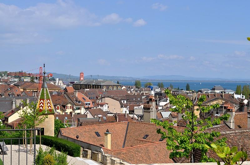 Les toits de la ville de Neuchâtel