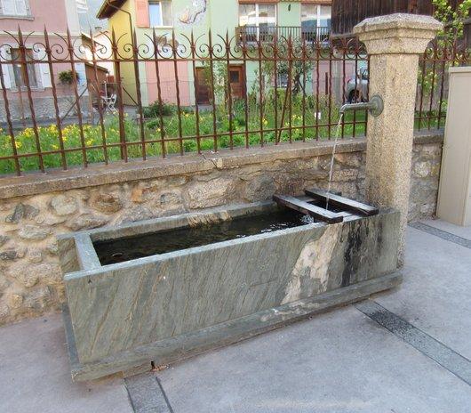 Fontaine de la Poste, Bovernier