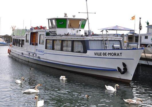 Le MS Ville de Morat au port de Neuchâtel