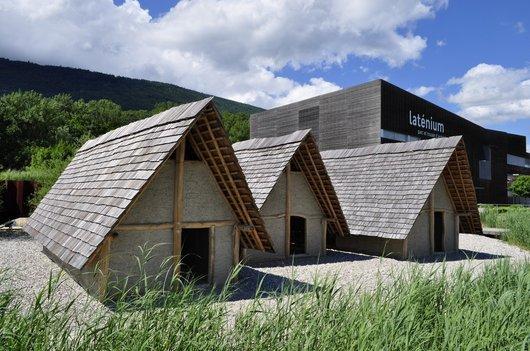 Maisons lacustres du Musée du Laténium