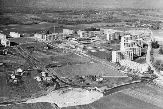 Meyrin: la cité vue du ciel en 1965