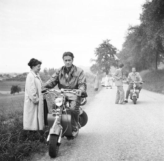 Papa en moto . 13