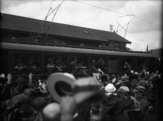 Gare de Bulle, départ des internés français