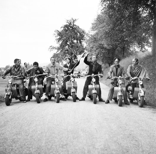 Musiciens a moto . 9