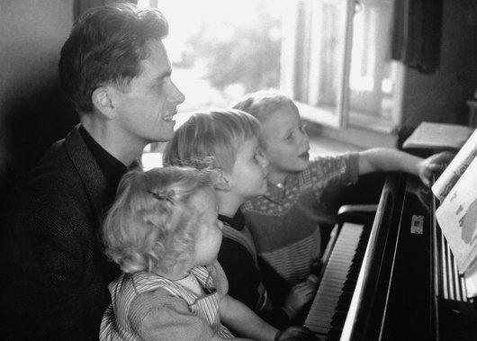 VD avec ses enfants a beaumont . 5
