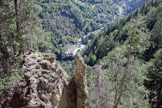 Vue depuis le chemin du Bisse des Sarrasins.