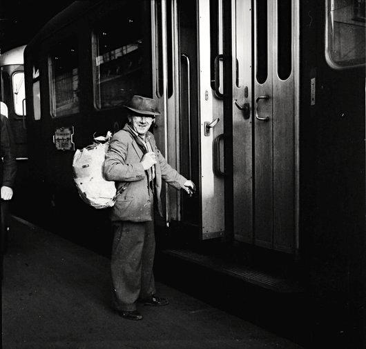 Voyageur en gare de Lausanne