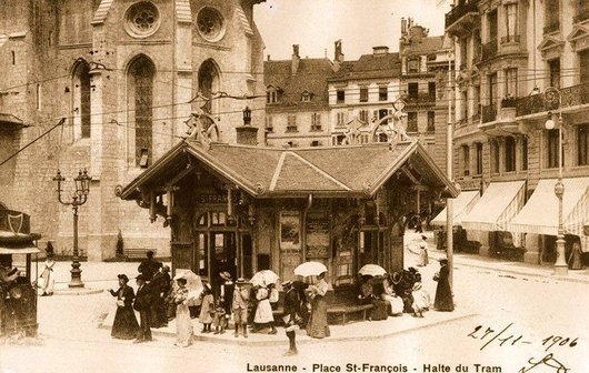 Place St. François, pas encore le Kiosque.....