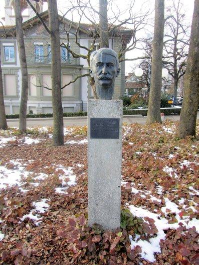 Lausanne Montbenon Pierre de Coubertin
