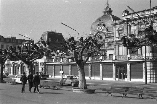 Genève - Le Kursaal ou Grand Casino et le Nouveau Théatre