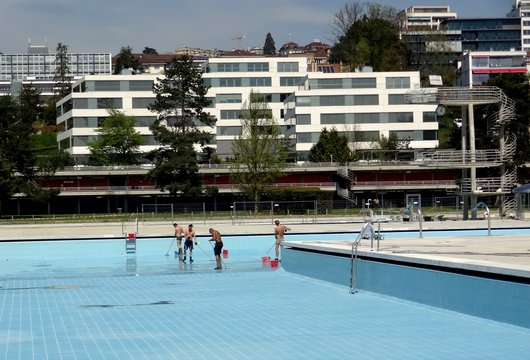 Piscine Bellerive-Plage / nettoyage de printemps