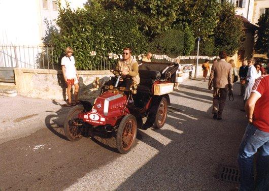 Automobiles anciennes - Tour de Romandie