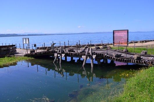 Les vestiges du célèbre pont de Cornaux-les-Sauges