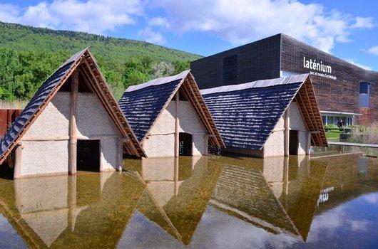 Les lacustres du Laténium à Hauterive ont les pieds dans l'eau