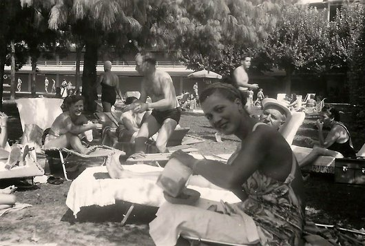 A la piscine de Bellerive
