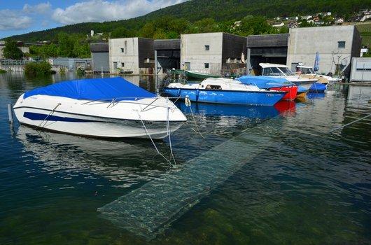 Le port de pêche d'Hauterive avec le lac qui déborde