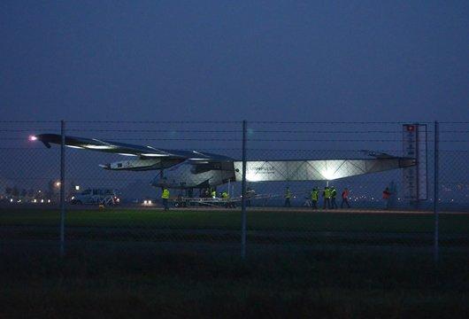 Payerne, Solarimpulse 2 rentre au hangar