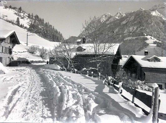 Les Granges en hiver, Château-d'Œx