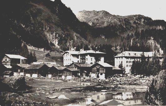 Fionnay les hôtels et le lac