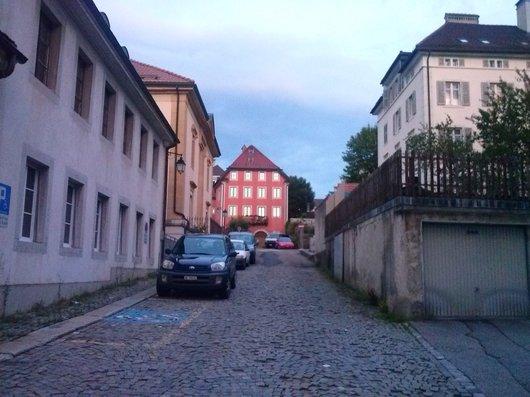 La rue du Rocher au soleil couchant_631
