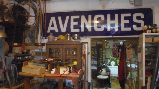 Ancienne plaque de la gare d'Avenches.