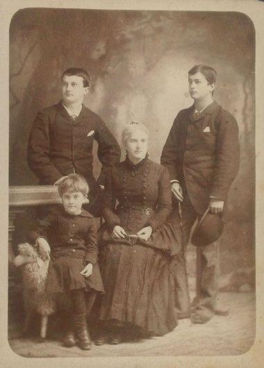 Victor Cecile Edouard Gabrielle Bourgeois de Giez Yverdon Grandson