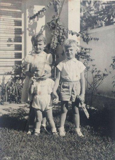 Christiane, Serge, Jean de Muller Sao Paulo Bresil 1957