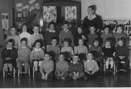 Classe enfantine 1959 au chemin des Diablerets