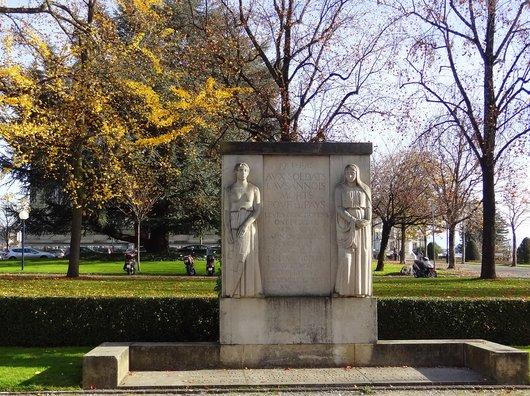 Lausanne - Monument aux Soldats par Casimir Reymond