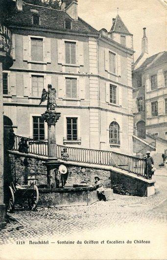 Neuchâtel, la fontaine du Griffon